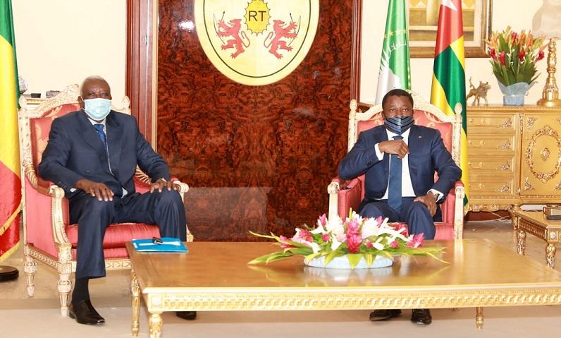 Paix et securite Convergence de vue entre le chef de lEtat et le President de la transition du Mali
